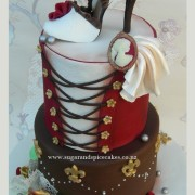 Burlesque Moulin Rouge Cake $395