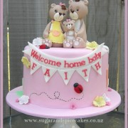 teddy family cake