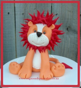 lion tutorial cake